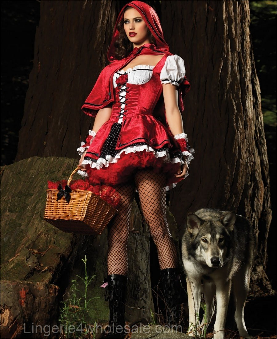 Pc deluxe red riding hood costume includes velvet layered